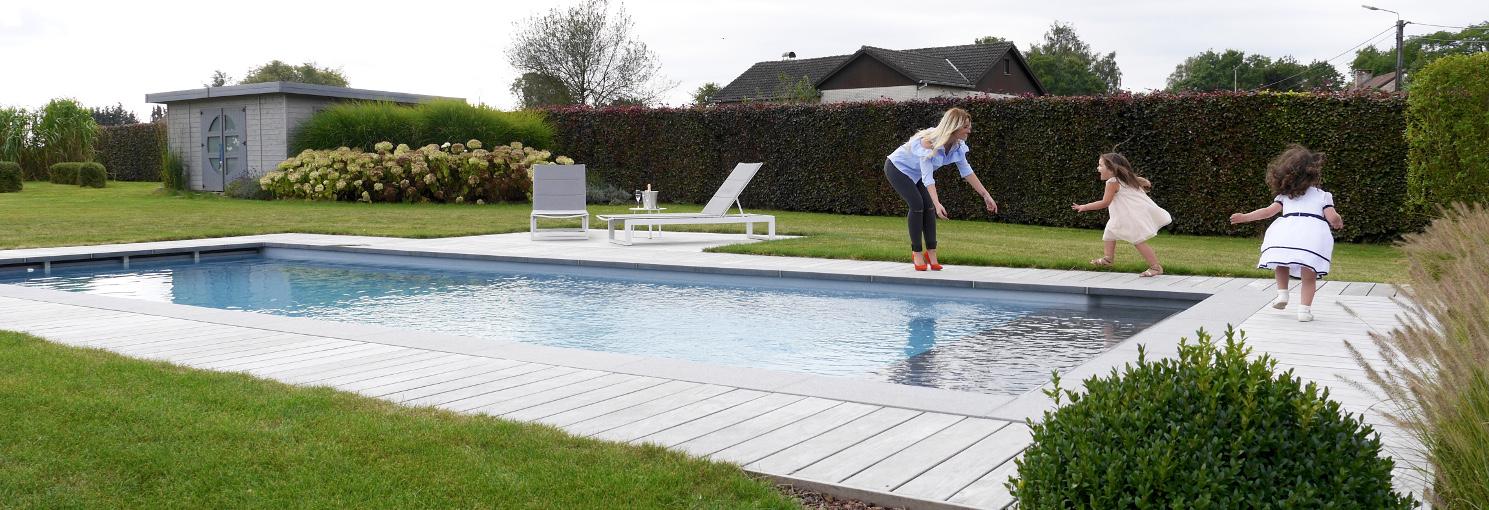 Piscine chlore eau verte pompe leisure pools hainaut for Piscine leisure pools