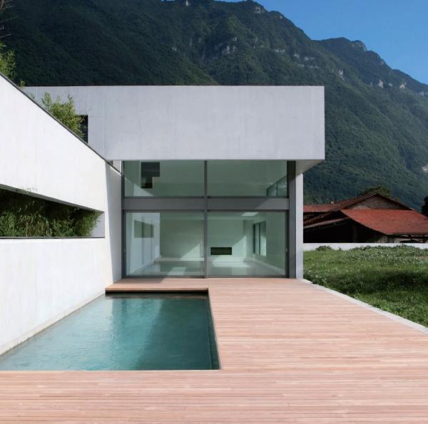 Leisure pools la piscine coque harmony abordable for Piscine leisure pools