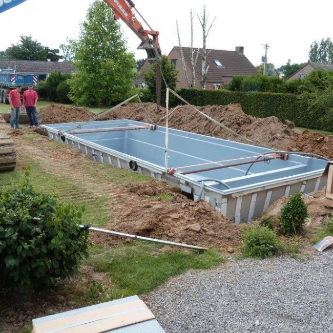 Placement piscine cube saint denis bovesse leisure pools - Piscine leisure pools ...