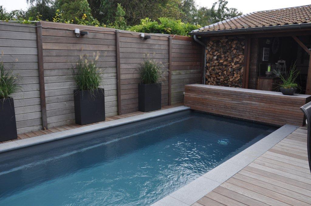 Leisure pools la piscine coque r flection un mod le au look moderne - Piscine leisure pools ...