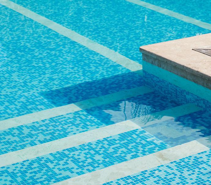 Leisure Pools Decouvrez Nos Piscines Coque En Resine Garanties A Vie