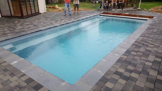 pose-piscine-reflexion